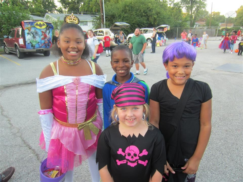 Trunk or Treat McCurdy Style 2017