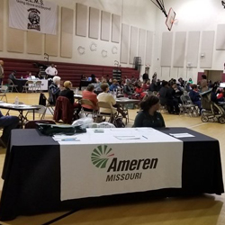 Hazelwood Middle School Partners with Ameren to Assist Parents