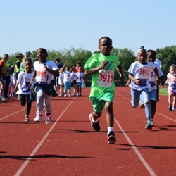 Sign Up Today for the Hazelwood PTA Scholarship Run/Walk on May 4