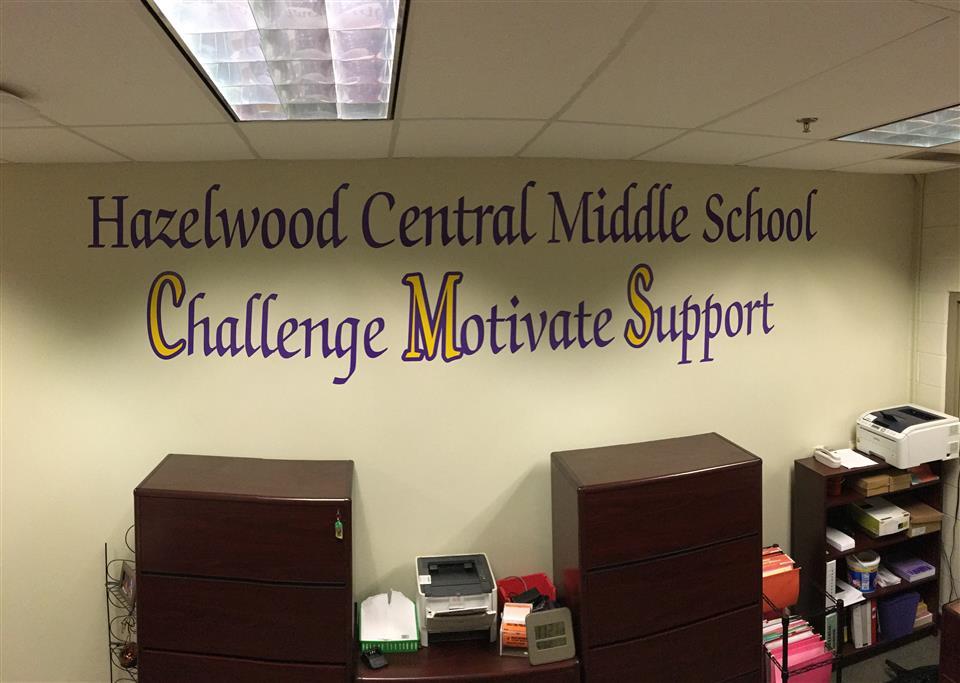 100 Hazelwood School District Seniors Get PTA Scholarships
